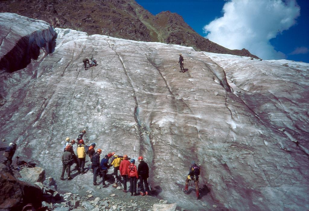 szkoła wspinaczki na lodowcu