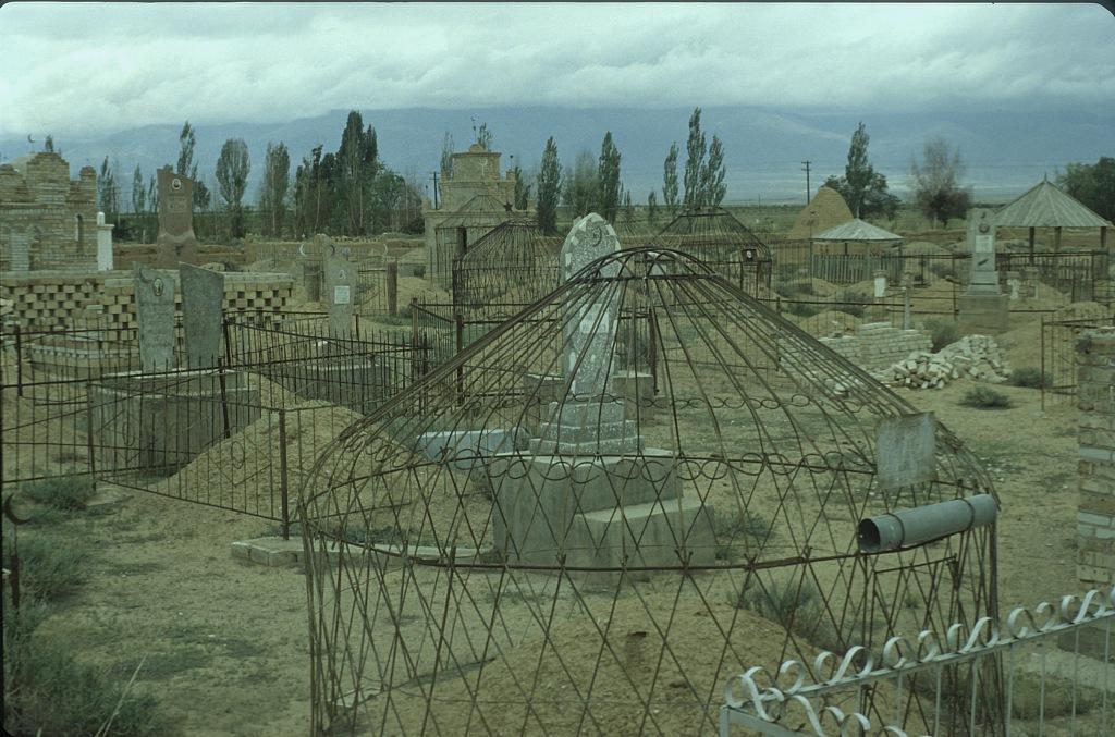 Cmentarz Kirgistan