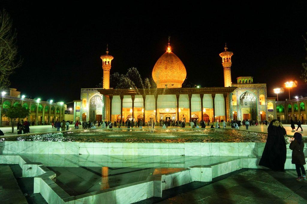 Tymczasem chłopaki zwiedzają Sziraz. Na zdjęciu meczet Shah Cheragh