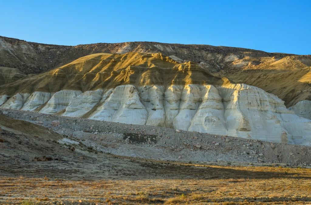 """Słowem """"czink"""" w Azji Środkowej określa się strome urwiste zbocza."""