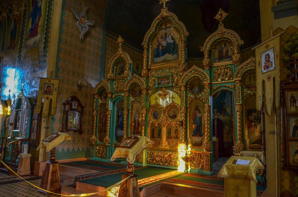 Ikonostas w cerkwii Uralsk