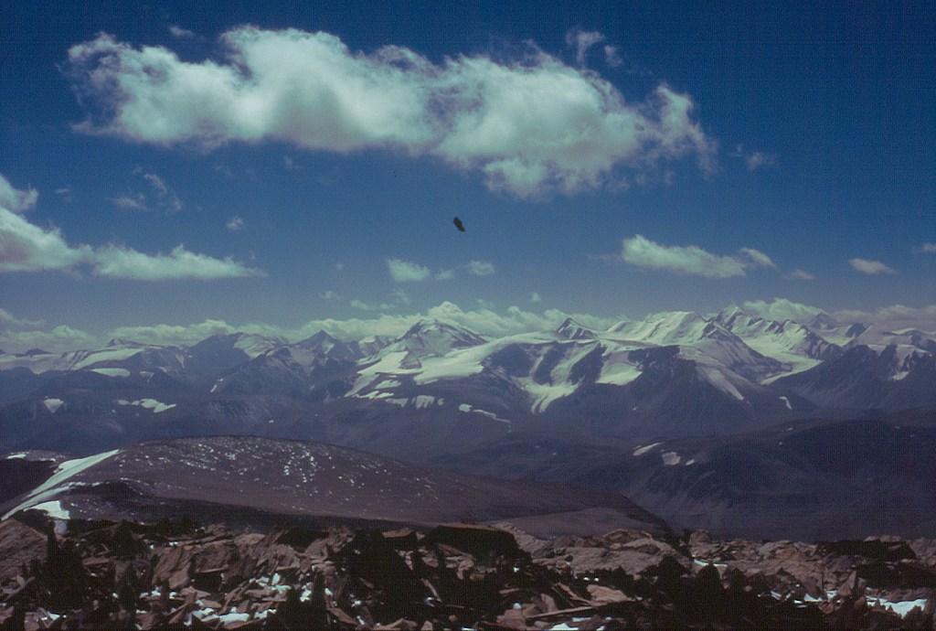 Widok na pasmo Południowoczujskie (Южно-Чуйский хребет