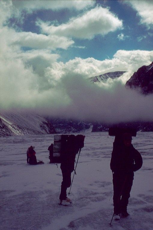 droga po ałtajskim lodowcu