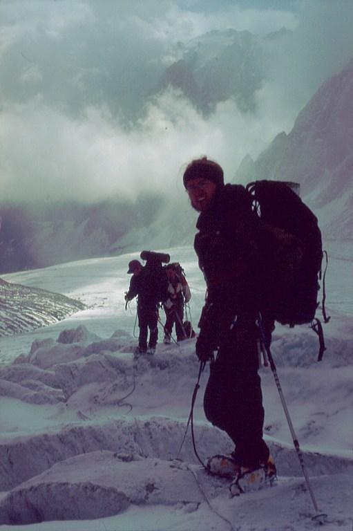 przejscie przez szczeliny lodowca Aktru