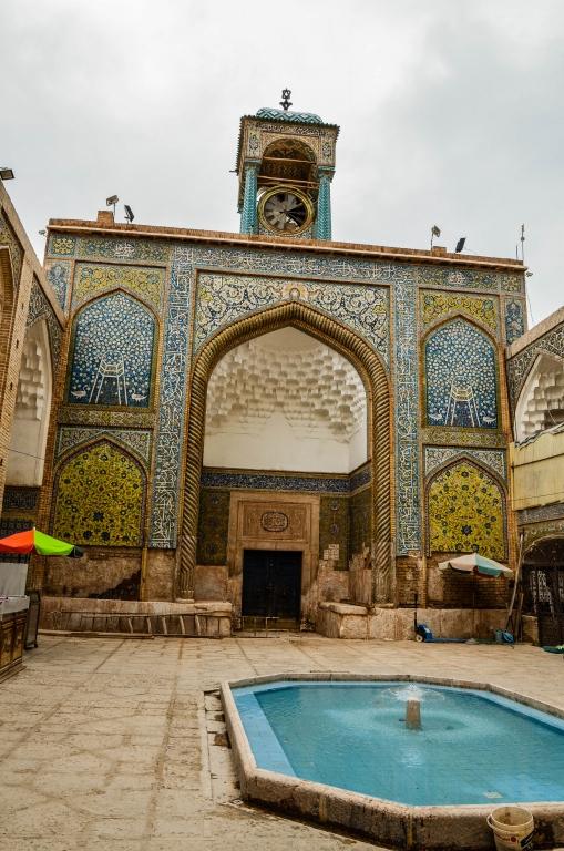 Fasada Medresy Ebrahima Khana (szkoły koranicznej)