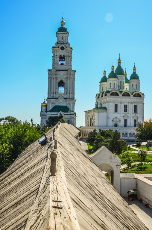 Sobor Zasniecia Matki Bozej Astrachań