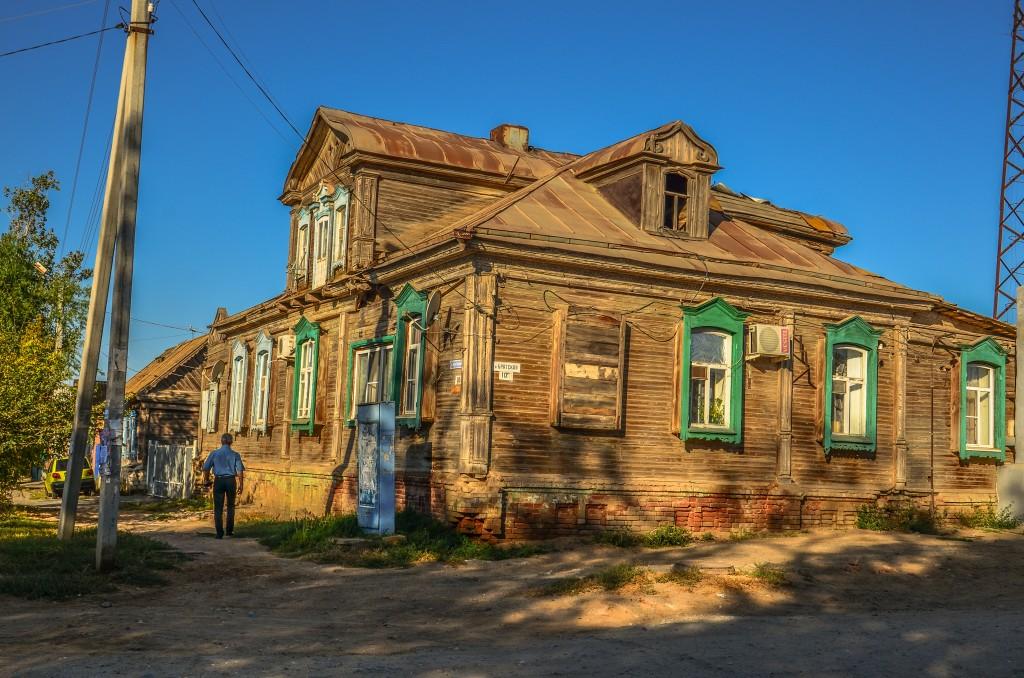 Stary rosyjski dom nad Wołgą