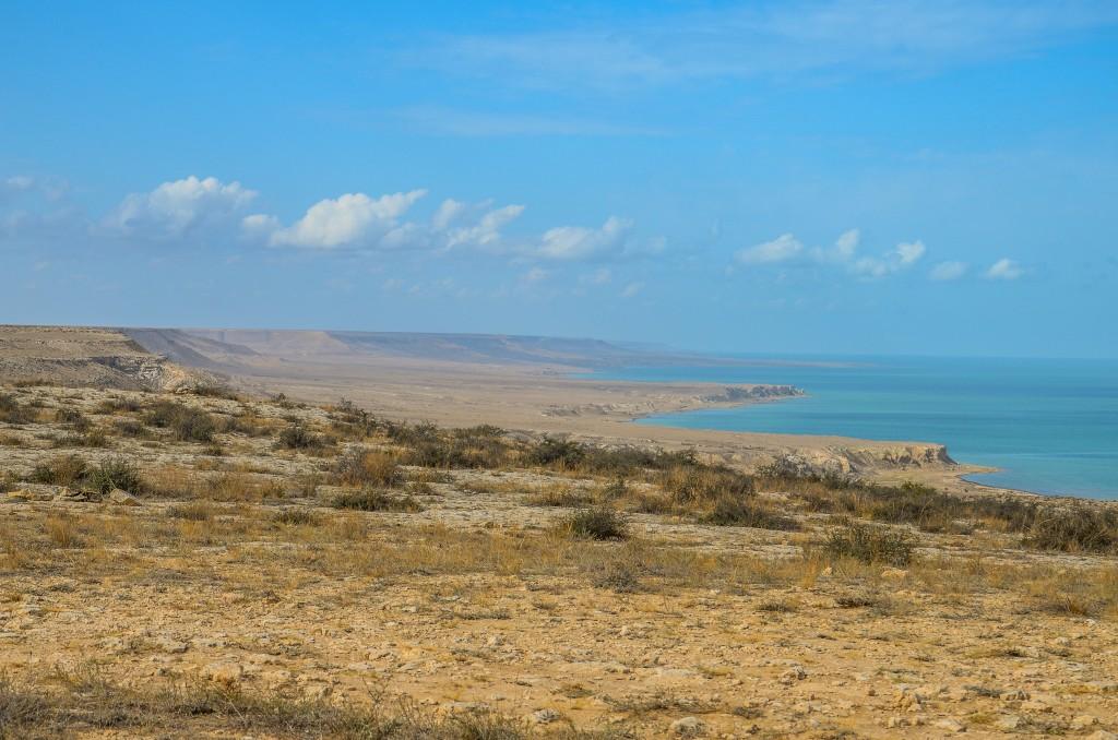 Brzeg morza kaspijskiego Mangystau