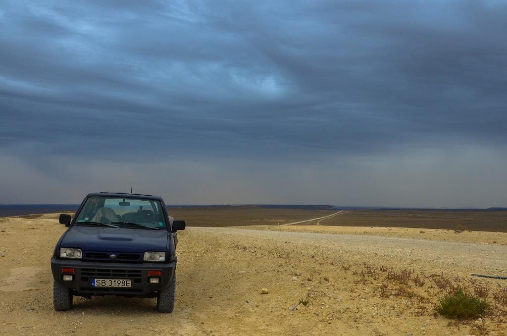 Overlanding Kazakhstan Nissan Terrano